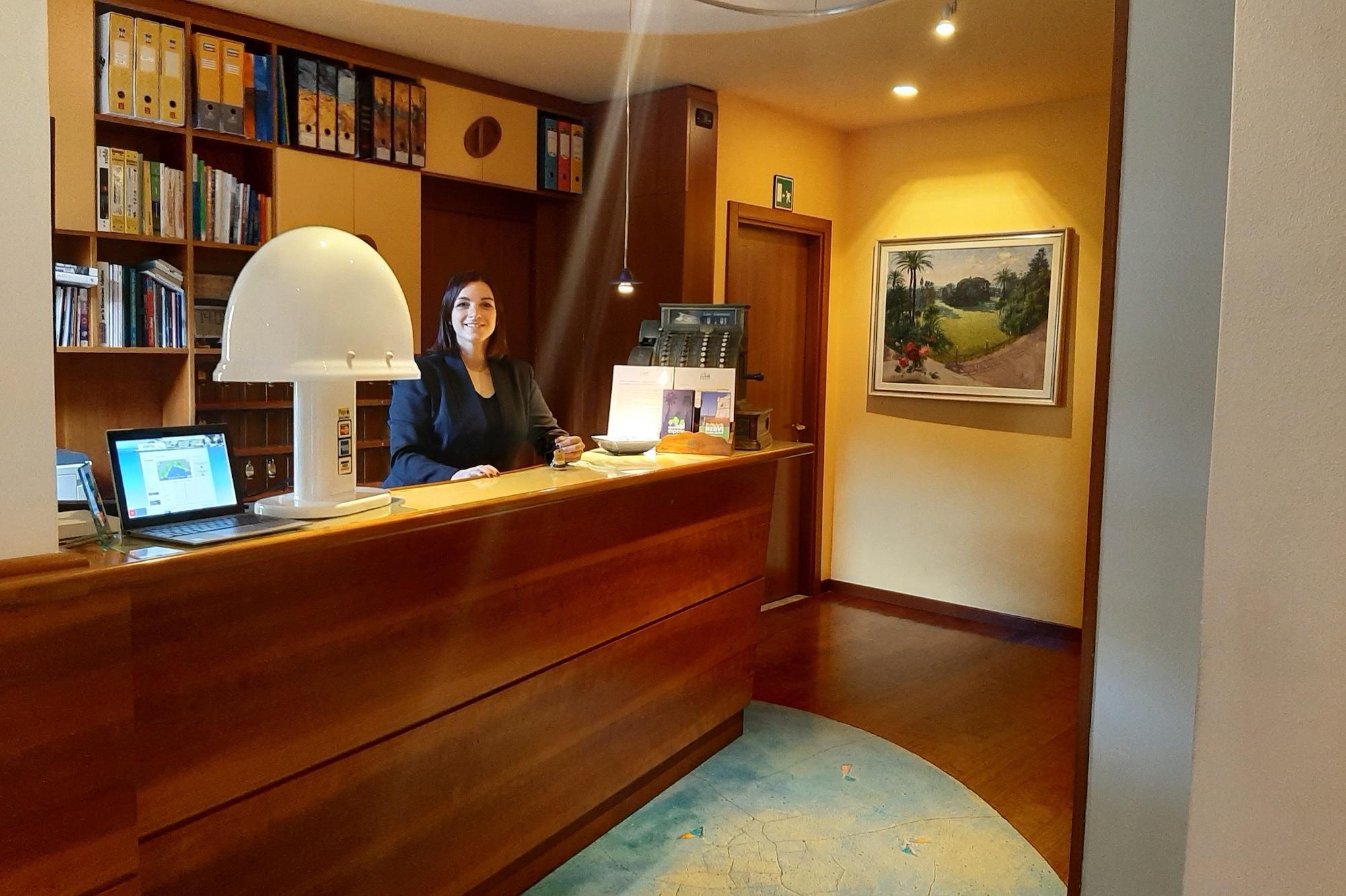 hotel esperia genova nervi reception servizi cut